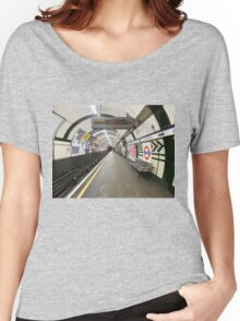 Gloucester Road Underground Women's Relaxed Fit T-Shirt