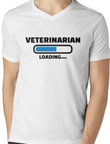 Veterinarian loading T-Shirt