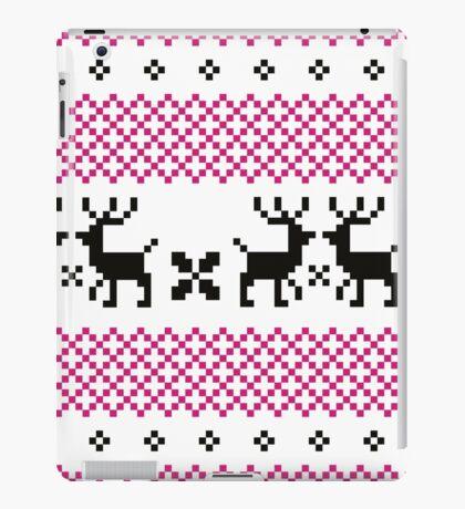 Cute reindeer pattern - black and pink iPad Case/Skin