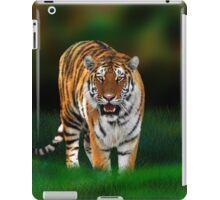 Tiger on Green iPad Case/Skin