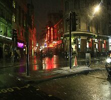 London at night by danielasynner