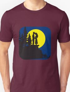 full moon romance love couple Unisex T-Shirt