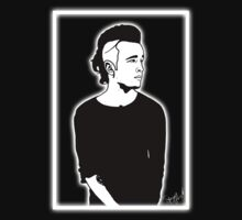 Matty 1975 (glow version) by SpazyArt