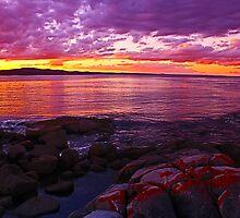Purple 02 Sunset at Binalong Bay, East Coast Tasmania 2014 by fantasytripp