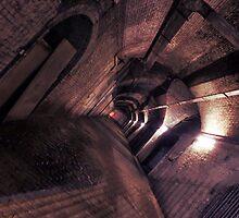 Manchester Underground by leedgreen