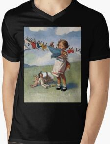 Jessie Willcox Smith - Hanging Doll Clothes On A Windy Day. Child portrait: cute baby, kid, children, pretty angel, child, kids, lovely family, boys and girls, boy and girl, mom mum mammy mam, Mens V-Neck T-Shirt