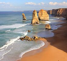 The Twelve Apostles by Kerry  Hill