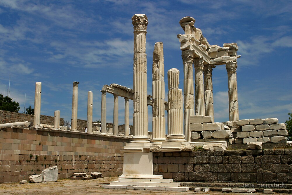 Temple of Trajan in Pergamon by Jens Helmstedt