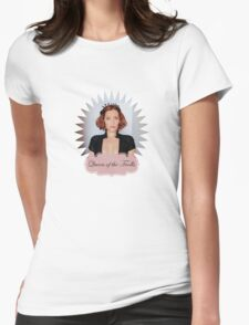 Gillian Anderson - Queen of the Trolls Womens Fitted T-Shirt