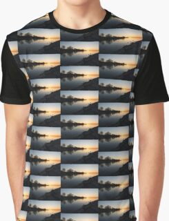 Greeting the New Day on Lake Ontario in Toronto, Canada Graphic T-Shirt