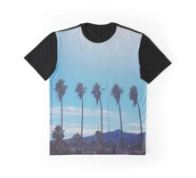 Summer Days Graphic T-Shirt