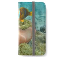 Clownfish and sea anemone underwater Pacific ocean iPhone Wallet/Case/Skin