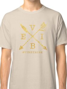VIBE Feather Arrow Cross GOLD Classic T-Shirt
