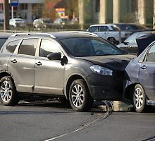 accident involving three  cars  by mrivserg