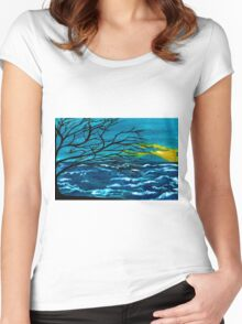 The Ocean Women's Fitted Scoop T-Shirt