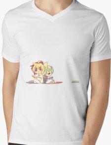 IvKai 1/3 Mens V-Neck T-Shirt