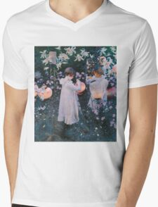 John Singer Sargent - Carnation, Lily, Lily, Rose. Girl portrait: cute girl, girly, female, pretty angel, child, beautiful dress, face with hairs, smile, little, kids, baby Mens V-Neck T-Shirt