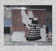 Dalek Graffiti - Banksy Style Kids Tee