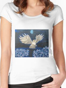 """""""Snow Owl..."""" Women's Fitted Scoop T-Shirt"""