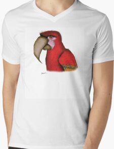 scarlett macaw, tony fernandes T-Shirt