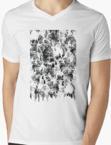 Gone in a splash, skull pattern Mens V-Neck T-Shirt