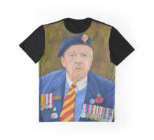 Honour Graphic T-Shirt