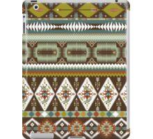 Aztec pattern with geometric elements iPad Case/Skin