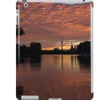 Reflecting on Fiery Skies - Toronto Skyline at Sunset iPad Case/Skin