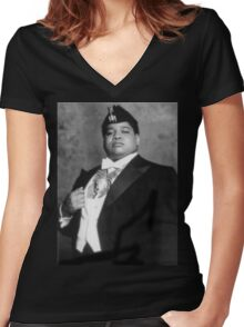 Coming to America - Oha Women's Fitted V-Neck T-Shirt