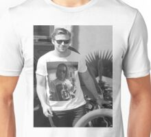 Ryan Gosling wearing aT-shirt of Macaulay Caulkin wearing a T-shirt of Ryan Gosling  Unisex T-Shirt