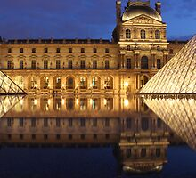 Louvre Reflections by ChocChipCookie