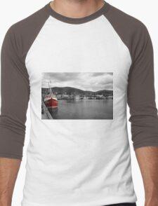 Red Fishing Trawler  Men's Baseball ¾ T-Shirt