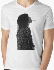 Alison Mosshart Mens V-Neck T-Shirt
