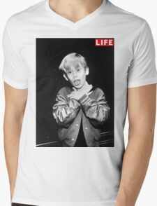 Macaulay Culkin Life Tshirt Mens V-Neck T-Shirt