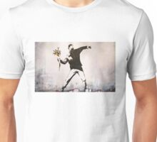 Banksy 'flower thrower' graffiti art. Unisex T-Shirt