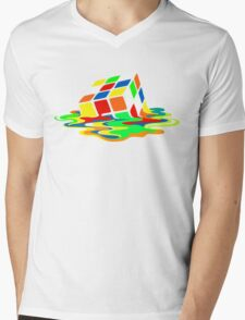 The Big Bang Theory Sheldon Cooper Melting Rubik's Cube cool geek Mens V-Neck T-Shirt