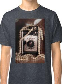 Vintage Camera & Pearls Classic T-Shirt