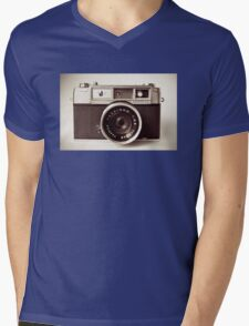 Camera Mens V-Neck T-Shirt