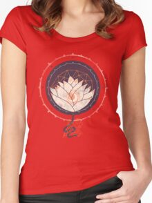 Lotus Women's Fitted Scoop T-Shirt