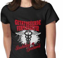 Getatoeëerde Verpleegster Womens Fitted T-Shirt