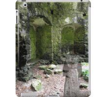 Spooky goings on iPad Case/Skin