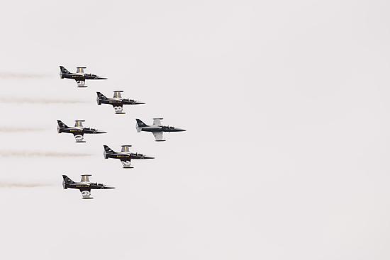 Jets by Hudolin