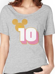 10 Things to Know Before You Go Women's Relaxed Fit T-Shirt