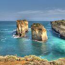 Island Arch, Great Ocean Road, Victoria by Adrian Paul