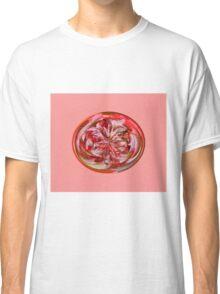 Ivy Globe Classic T-Shirt