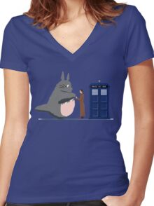 Totoro Doctor Who Women's Fitted V-Neck T-Shirt