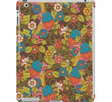 Vintage floral  pattern with humming bird iPad Case/Skin