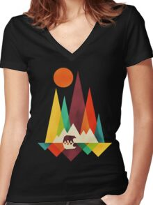 mountain bear Women's Fitted V-Neck T-Shirt