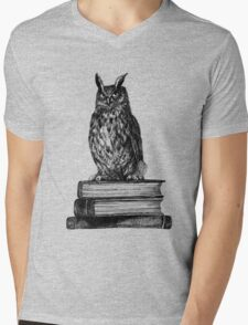 Library owl  Mens V-Neck T-Shirt
