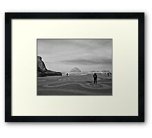 Circles in the sand - Face Rock No. 2 Framed Print